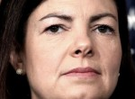 Love jerking off to conservative Kelly Ayotte