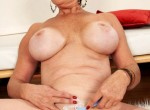 Victoria Peale - Hot Mom